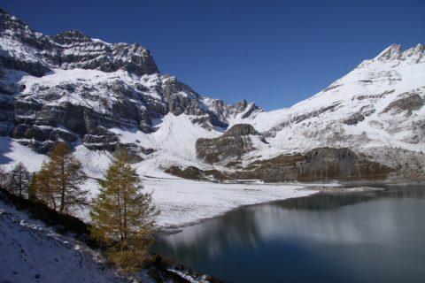Lac de Salanfe en automne